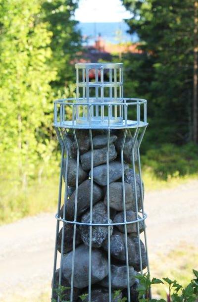 heavy art - trädgårdskonst i sten och stål